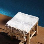 Lalla Fouta – Grande fouta grise brodée en coton 3