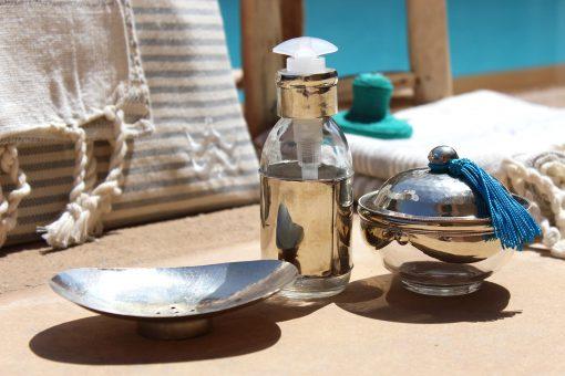 yasaboun set salle de bain marocain verre maillechort