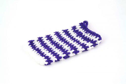 Kyskessa – Gant de toilette en crochet violet foncé & blanc 1