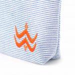 Illayal – Petite trousse à soufflet marine orange 3