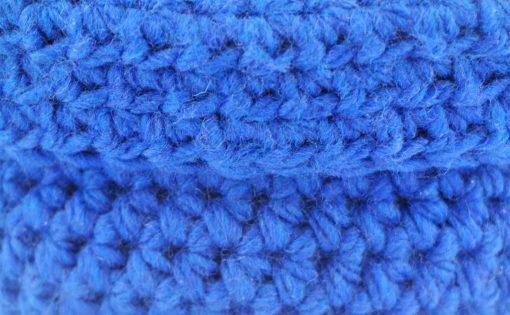 Paniers en laine bleu foncé