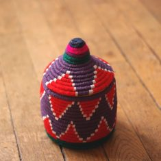 petit panier berbère violet petit panier berbère rouge panier laine rouge panier laine violet petit panier marocain violet petit panier marocain rouge petit panier africain rouge petit panier africain violet