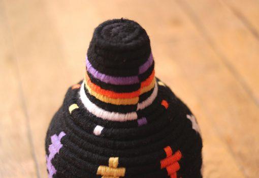 petit panier berbère noir petit panier berbère violet petit panier laine noir petit panier laine jaune petit panier marocain violet petit panier marocain noir panier africain noir panier africain violet