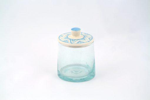Petit pot en verre bleu turquoise verre recyclé soufflé traditionnel couvercle céramique argile