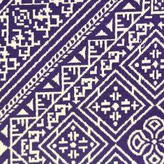 El Fassia trousses marocaines brodées violettes détail broderie